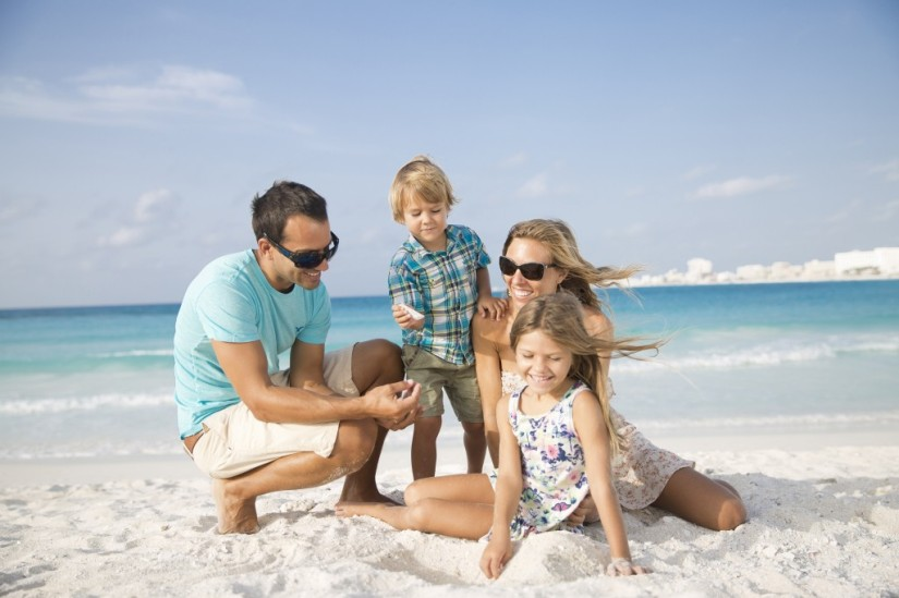 RKGCU-Family-beach3-1024x682