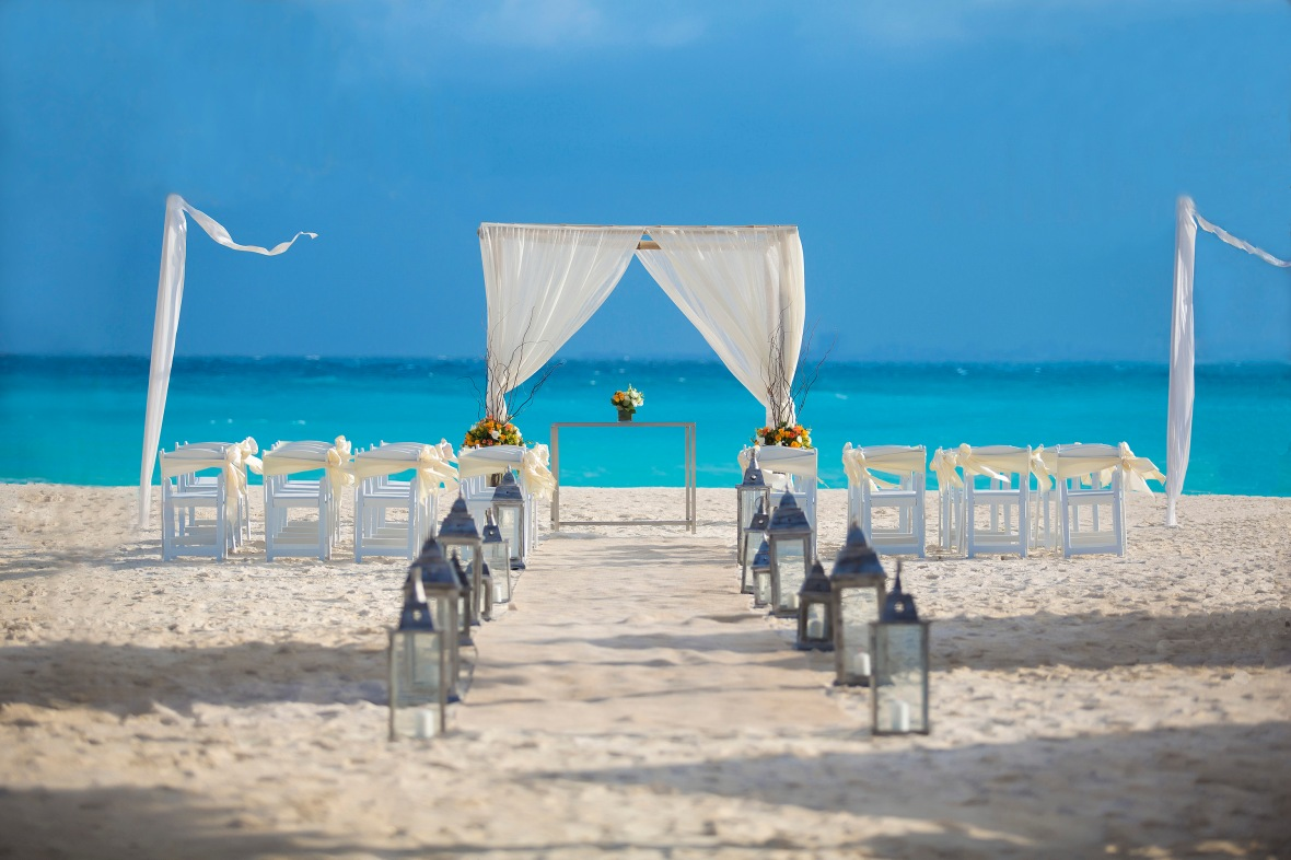 RKGCU_Beach-wedding